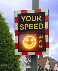 Carita feliz, tú velocidad es adecuada.